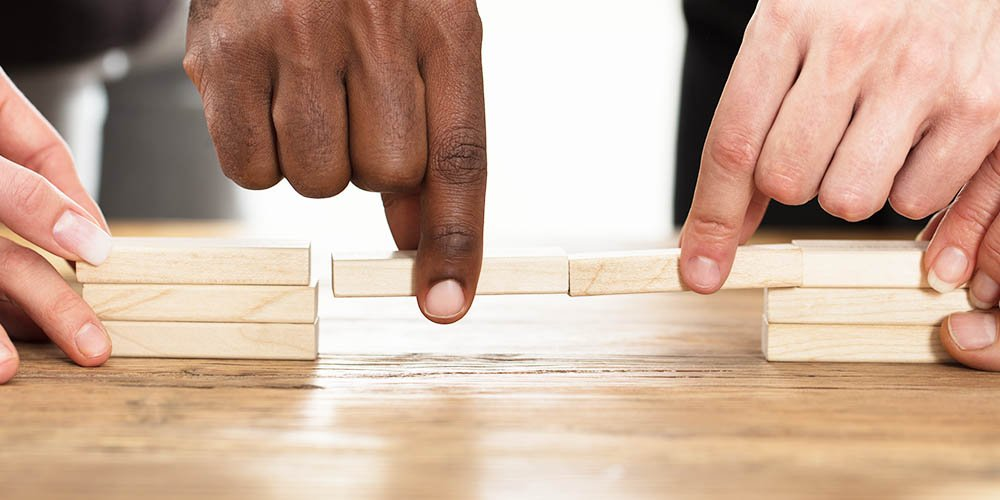 5-Ways-Lead-Scoring-Can-Close-the-Gap-Between-Sales-And-Marketing